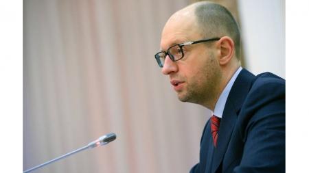 Яценюк поручил разобраться с незаконными проверками предпринимателей