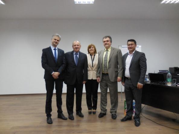 Презентация инструментов Intel по трансформации ИКТ-политики в сфере образования в Ташкенте