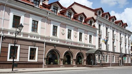 Отель «Reikartz Каменец-Подольский» встречает «Киевстар»