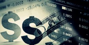 Эксперты рассказали о дальнейшей судьбе доллара в Украине