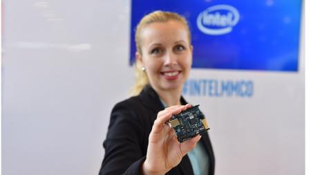 Корпорация Intel официально представила первую плату для прототипирования на базе модуля Intel® Curie