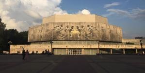 Всесвітньо відомий художник Аарон Лі-Хілл створив мурал на стінах КПІ за підтримки EVO