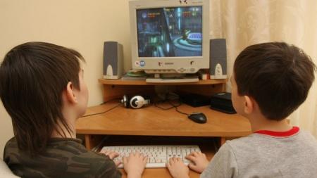Ученые связали онлайн-игры с высокой успеваемостью школьников
