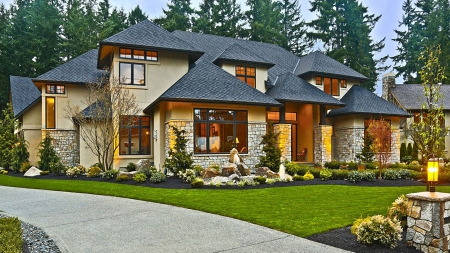 Редукцион недвижимости: за один день продано два коттеджа