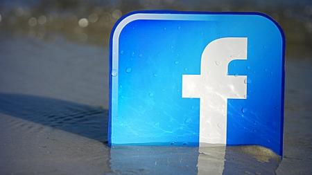 Facebook добавил возможность планировать live-видео