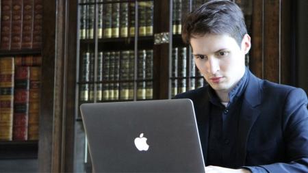 Дуров призвал не верить в безопасность американских мессенджеров