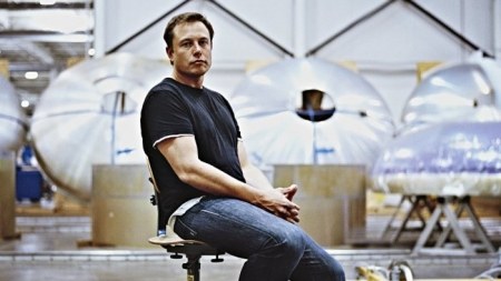 Илон Маск запускает компанию, которая соединит человеческий мозг с компьютером