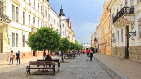 За сколько можно арендовать квартиру в Черновцах в апреле 2017 года