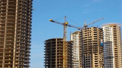Что мешает решить проблемы скандальных строек в столице и пригороде