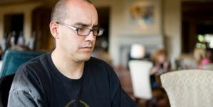 Основатель инкубатора 500 Startups покинул компанию из-за домогательств