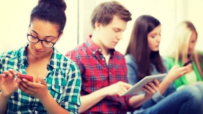 eMarketer: поколение Z все меньше интересует ТВ и блоги