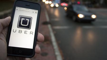 Uber снова поднял тарифы на проезд в Киеве