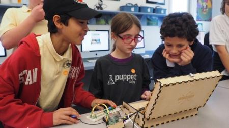 Разработчик детских ноутбуков-конструкторв, один из основателей которого родился в Украине, привлек $7,6 млн