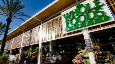 Amazon заработал первые 500 тыс. долларов на покупке Whole Foods Market