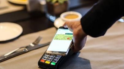«Ощадбанк» подключил Android Pay
