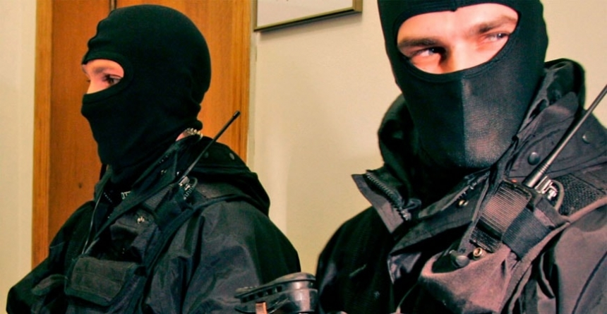Заработал закон против «маски шоу»: последствия и ловушки с арестом счетов