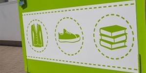 Уже в 6 областях Украины можно сдать использованные вещи в контейнеры на «ОККО»