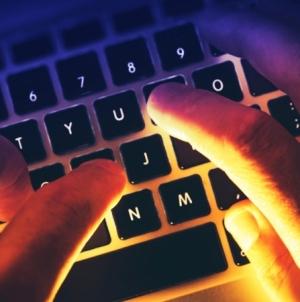 На украинский бизнес осуществляется новая массированная вирусная атака