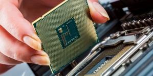 Apple откажется от сотрудничества с Intel
