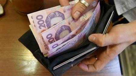 Последствия повышения минималки: поступления в Пенсионный фонд выросли на треть