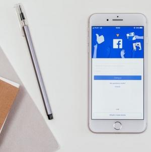 Facebook представил инструменты для создания мобильной видеорекламы