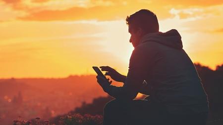 Iнфографiка вiд Vodafone: Хто такi цифровi українцi та як вони користуються послугами зв'язку