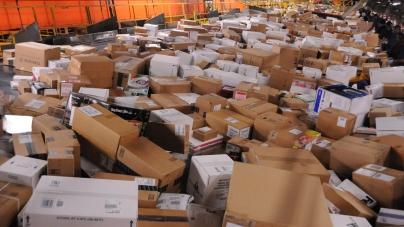 Зарубежные посылки дороже 100 евро обложат НДС, зато отменят норму о «трех посылках»: закон принят