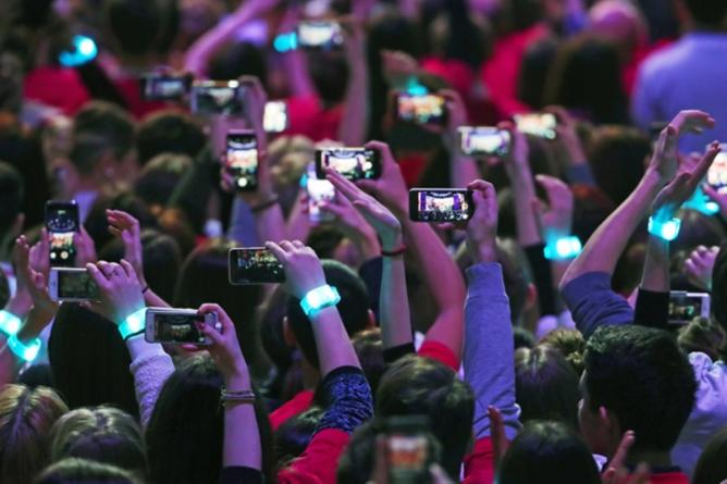 В России хотят ввести обязательную платную регистрацию смартфонов. Иначе устройства будут блокировать