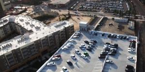 В Украине могут разрешить открывать парковки на крышах ТРЦ