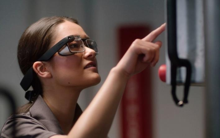 Google выпустил специальные очки для бизнеса
