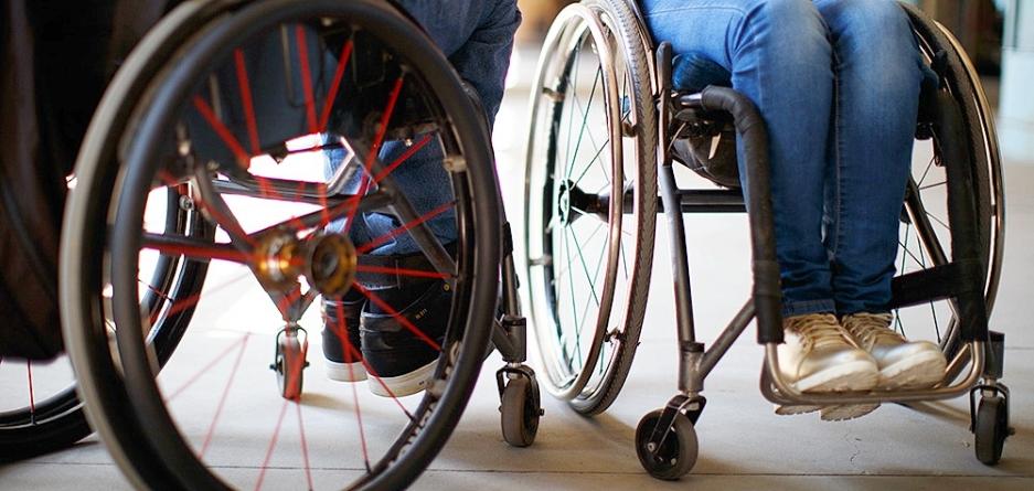 Рестораны и кафе должны быть доступны для людей с инвалидностью – Минрегион