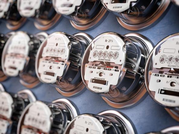 На учасників ринку електроенергії поклали спеціальні обов'язки