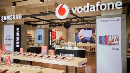 Vodafone відкрив новий магазин на Хрещатику  – що особливого?