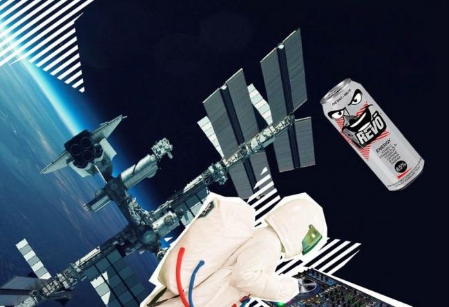 Тріумфальне «приземлення» II сезону пригод Космонавта і Банки Revo!