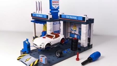 Bosch Mini: світовий бестселер тепер в Україні. Зустрічайте функціональні іграшки від Bosch.