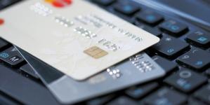 Кожен другий українець отримує гроші з-за кордону через ПриватБанк, а кожен третій – онлайн