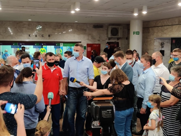 Київстар, Vodafone Україна та lifecell запустили 4G на 8 станціях київського метро