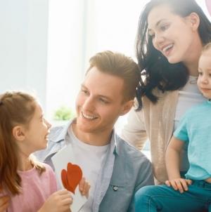 Ідеальна жінка, ідеальний чоловік та ідеальні діти