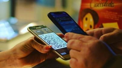Вдвічі більше українців стали користуватись мобільним гаманцем