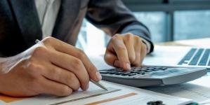 Розрахунок на слабкого. Як скасувати протиправні податкові вимоги по сплаті ЄСВ?